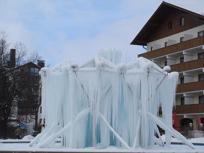 Eisbrunnen in Füssing